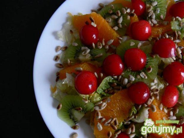 Mix sałat z owocami