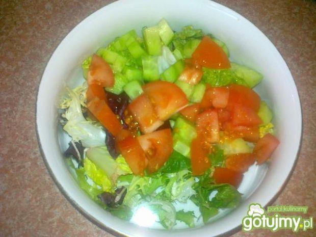 Mix warzywny z sosem greckim