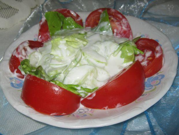 Mizeria z pomidorem