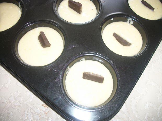 Mleczne muffiny z czekoladą
