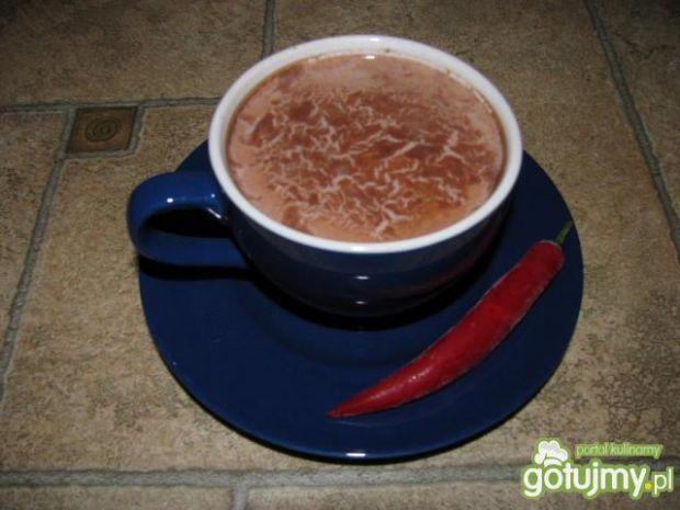 Mleko z dodatkiem czekolady z chili