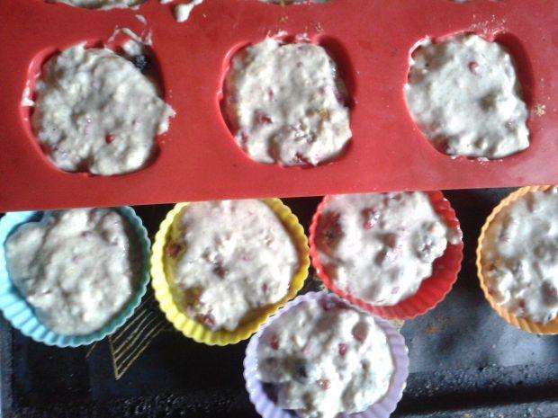 Mocno owocowe muffinki bez tłuszczu