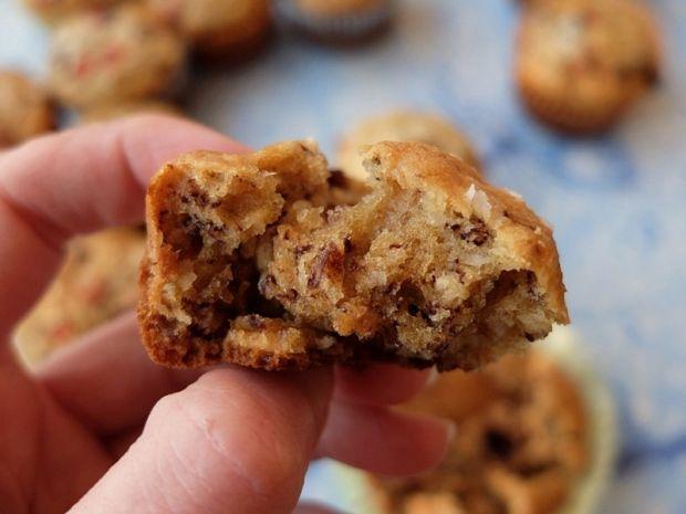 Muffinki bananowo-kokosowe z czekoladą