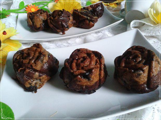 Muffinki bez tłuszczu i jajek z borówkami