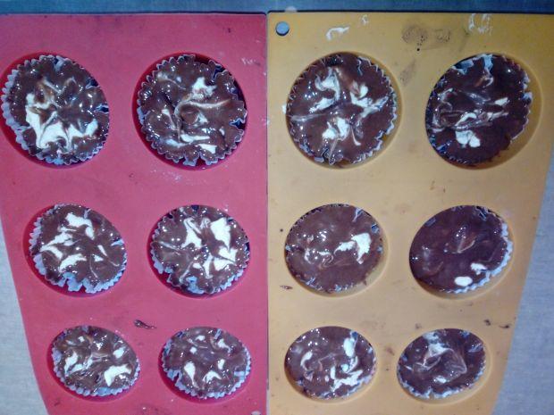 Muffinki czekoladowo - serowe