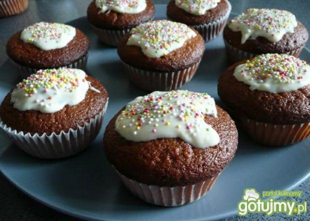 Muffinki z białym serkiem