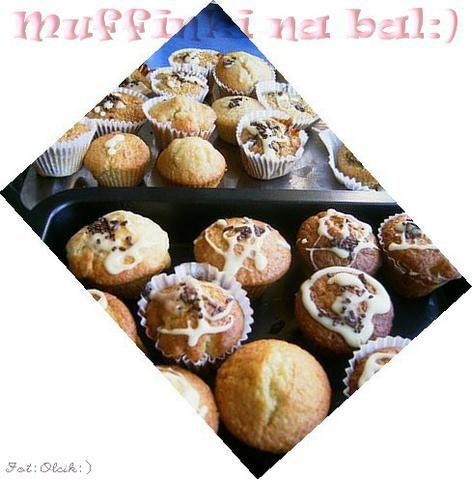 Muffinki z czekoladą truskwkowo-jogurt.