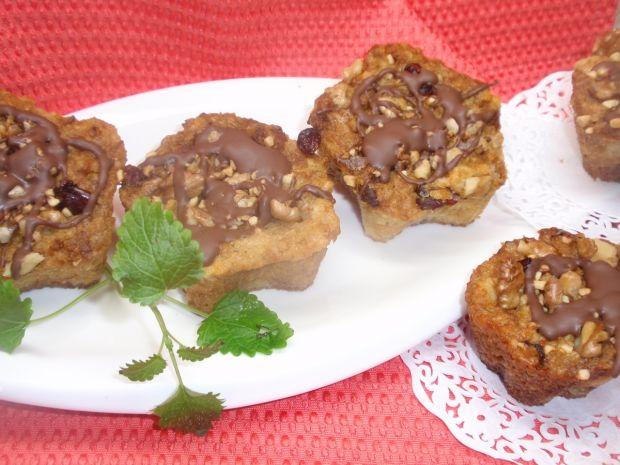 Muffinki z gruszką i  chałwą