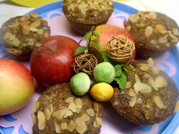 Muffinki z jabłkiem i makiem