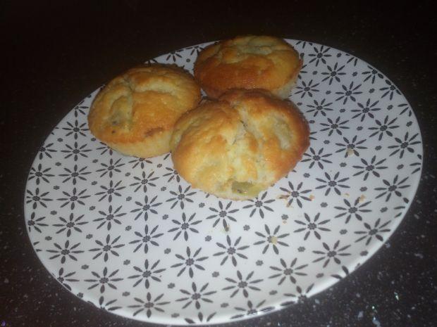Muffinki z kiwi