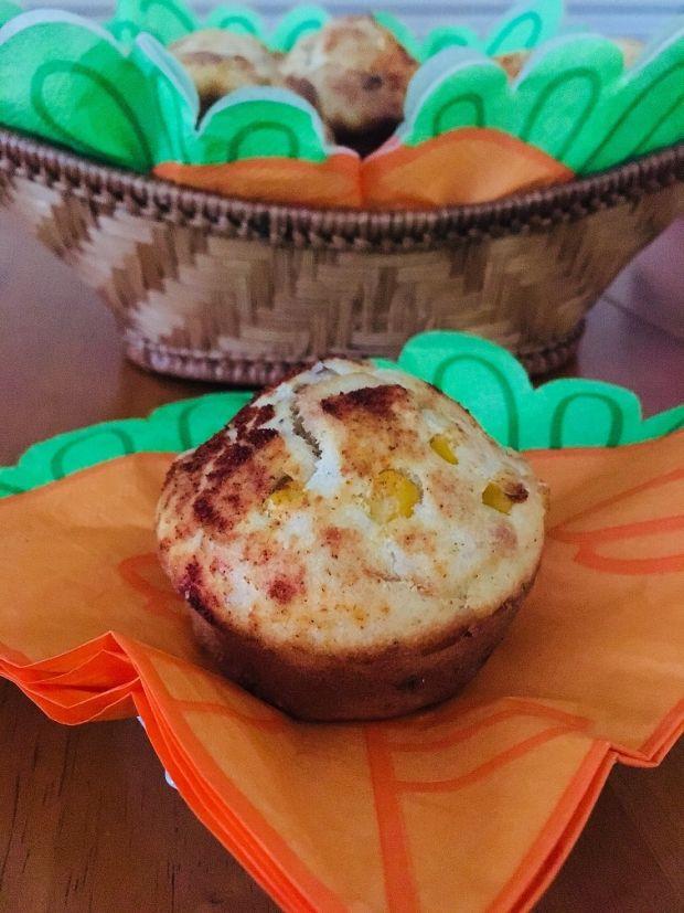 Muffinki z kurczakiem i kukurydzą
