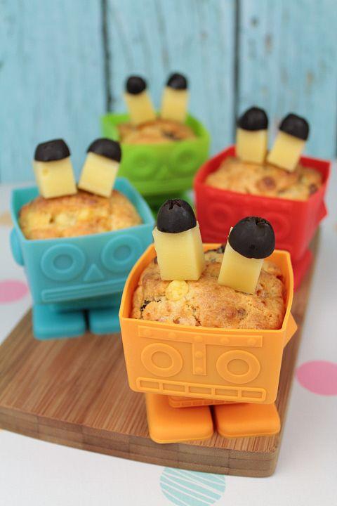 Muffinki z kurczakiem, serem i suszonymi śliwkami