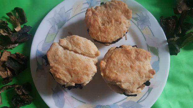 Muffinki z suszonymi grzybami