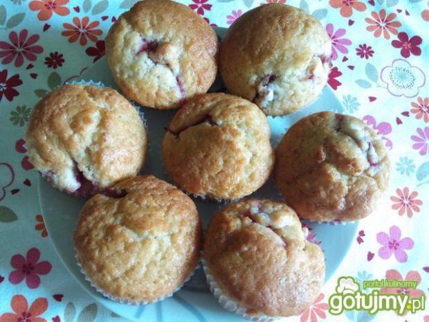 Muffinki z truskawkami 2