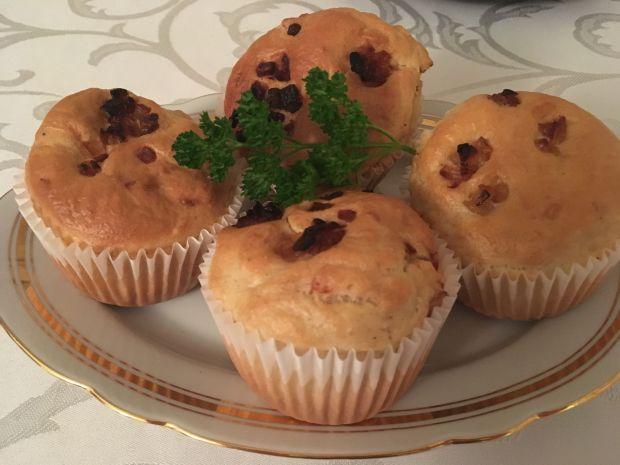Muffinki ze smażoną cebulką