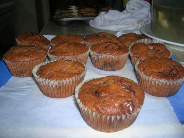 Muffiny czekoladowe z wiśniami