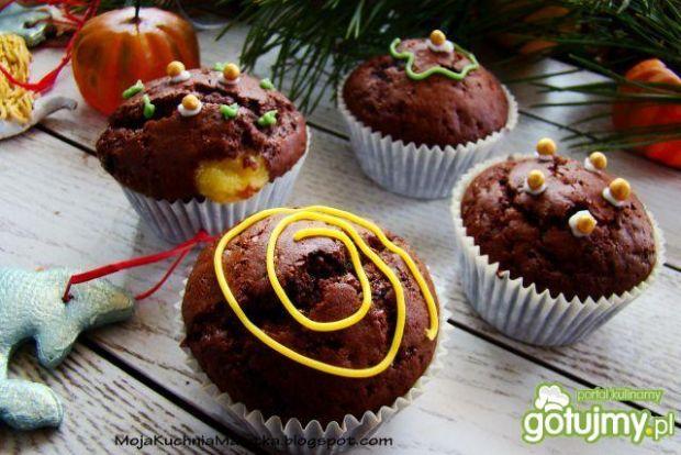 Muffiny murzynki z waniliowym budyniem