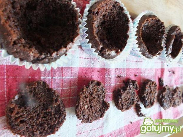 Muffiny nadziewane lodami
