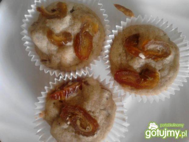 Muffiny z daktylami bez cukru