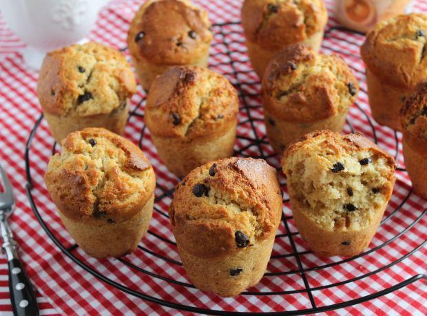 Muffiny z masłem orzechowym i czekoladą