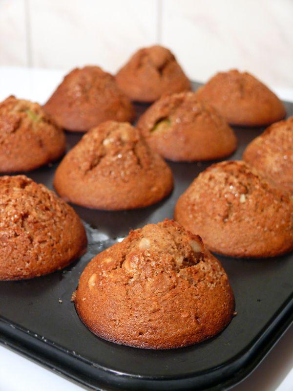 Muffiny żytnio-kukurydziane z agrestem
