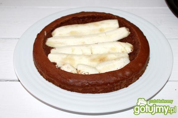 Murzynek z bananami i śmietaną