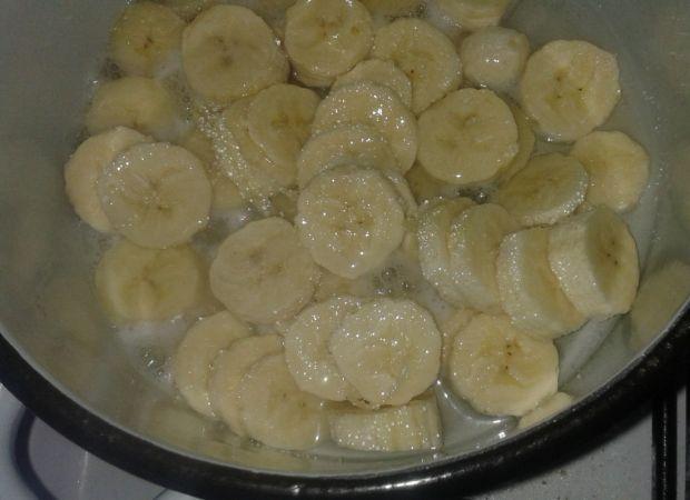 Mus bananowo-waniliowy