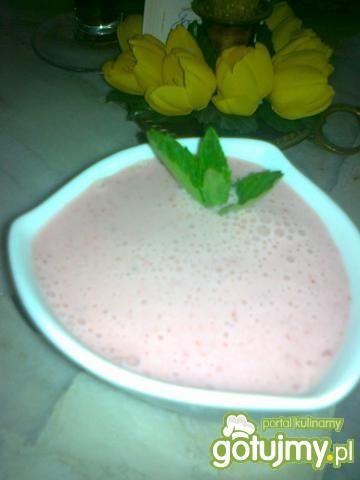 Mus truskawkowy z greckim jogurtem