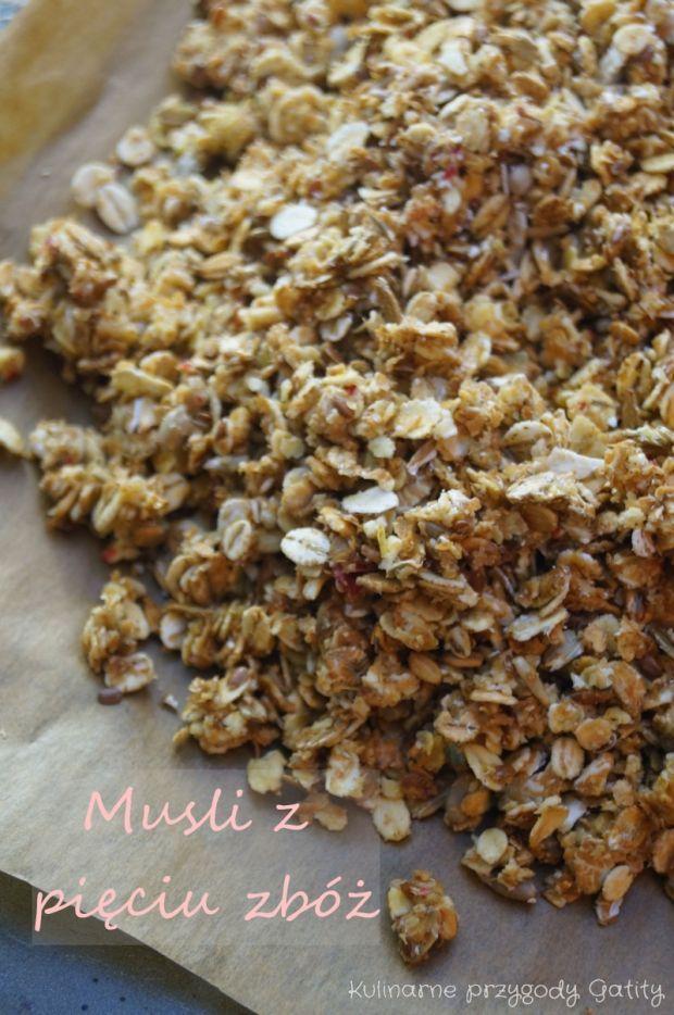 Musli (granola) pięć zbóż