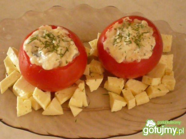 Nadziewane pomidory rybką