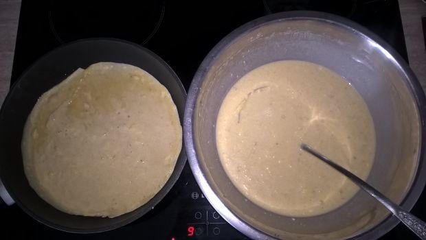 Naleśniki jabłkowe z serem i porzeczkami