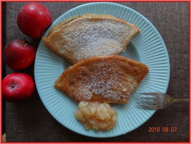 Naleśniki z farszem jabłkowym