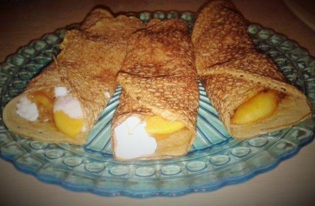 Naleśniki z jabłkami i twarożkiem