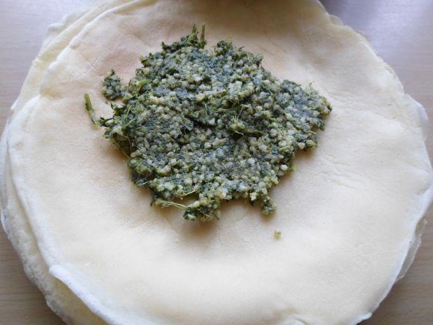 Naleśniki z jarmużem i kaszą jaglaną