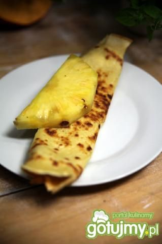 Nalesniki z serem ananasowym