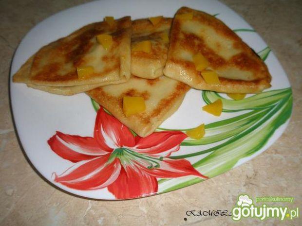 Naleśniki z serem i wiśniami