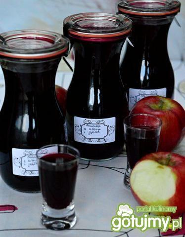 Naleweczka aroniowo- jabłkowa
