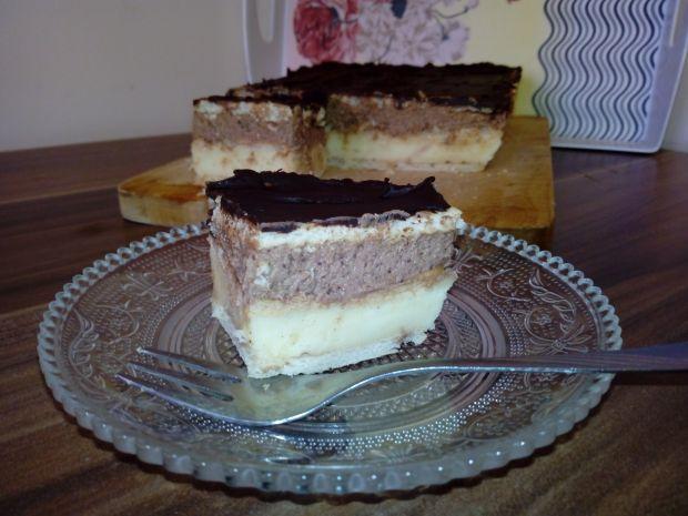 Napoleonka z kremem czekoladowym