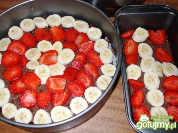 Niby sernik - Styropian z owocami