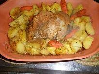 Obiad z garnka rzymskiego