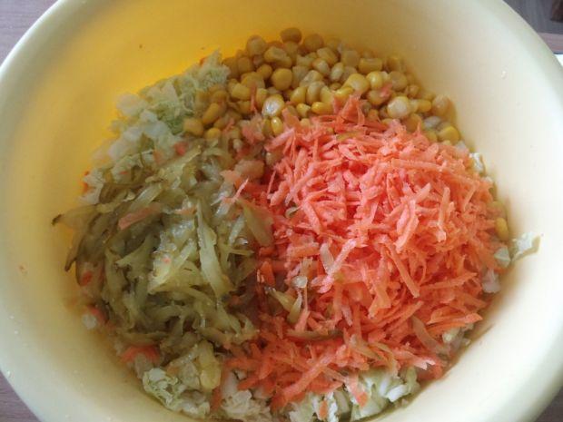Obiadowa surówka z kapusty pekińskiej