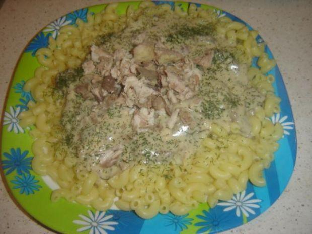 Obiadowy przysmak z kury z pieczarkami
