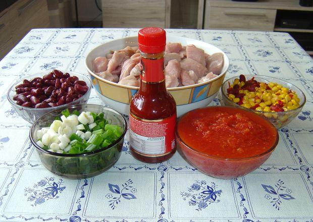 Ognisty gulasz chili z piekarnika