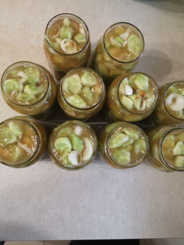 Ogórki w pieprzu ziołowym