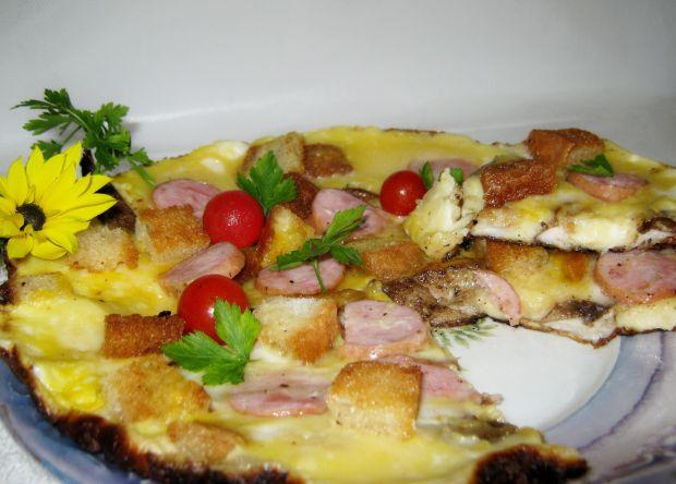 Omlet z kanią i wędliną