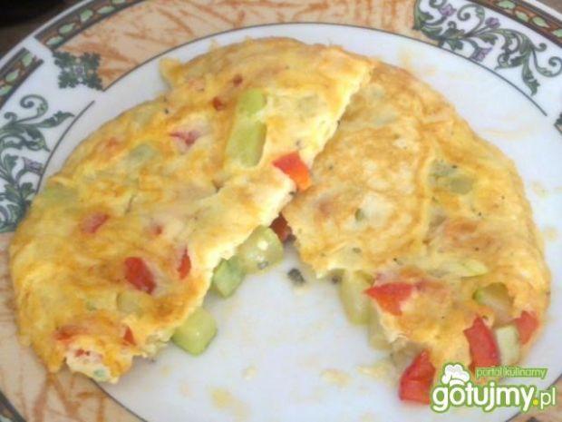 Omlet z papryką i kabaczkiem