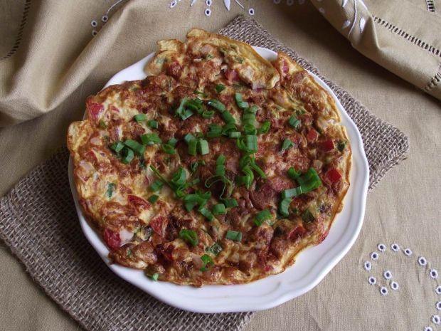 Omlet z warzywami i polędwicą