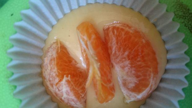 Orkiszowe babeczki z mandarynkami bez cukru