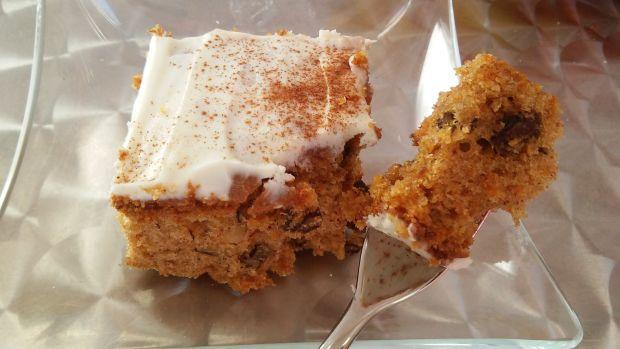 Oryginalne Carotts Cake, czyli ciasto marchewkowe