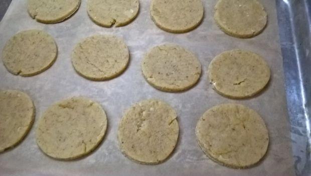 Orzechowe ciasteczka z lemon curd